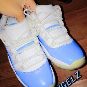 Jordan 11 low UNC blue